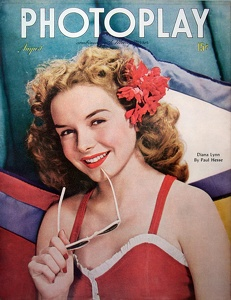 Photoplay 1945-08